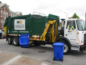 single stream recycling truck